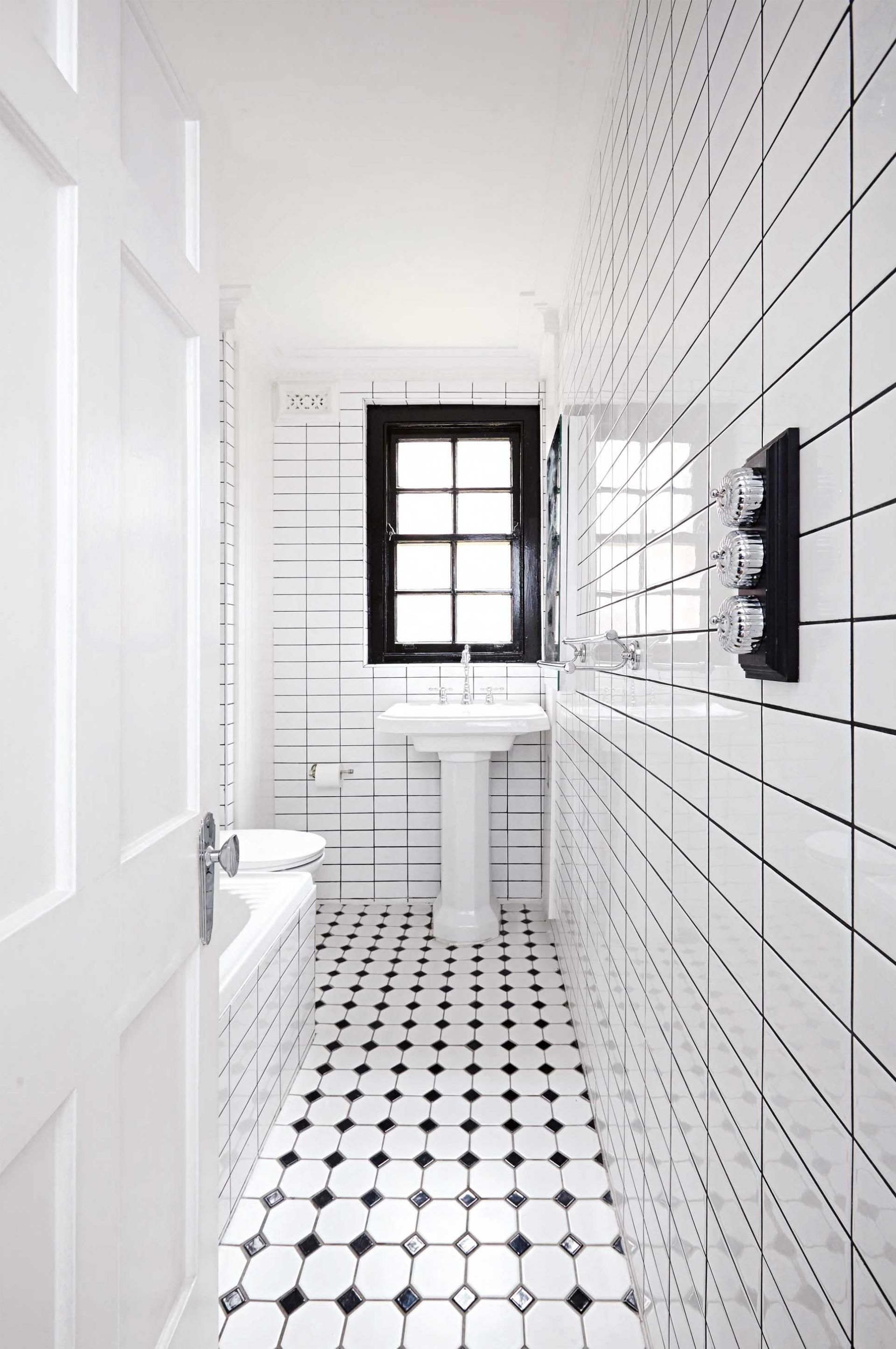 Bathroom ideas black and white - Small Black And White Bathroom Renovation From Insideout Com Au Photography By Alan