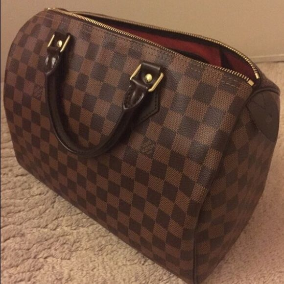 Lv Speedy 30 Damier Hand Bag Brand New Lv Speedy 30 Handbag Comes With Dust Bag Box Keys Locks Accepted Louis Vuitton Bags Louis Vuitton