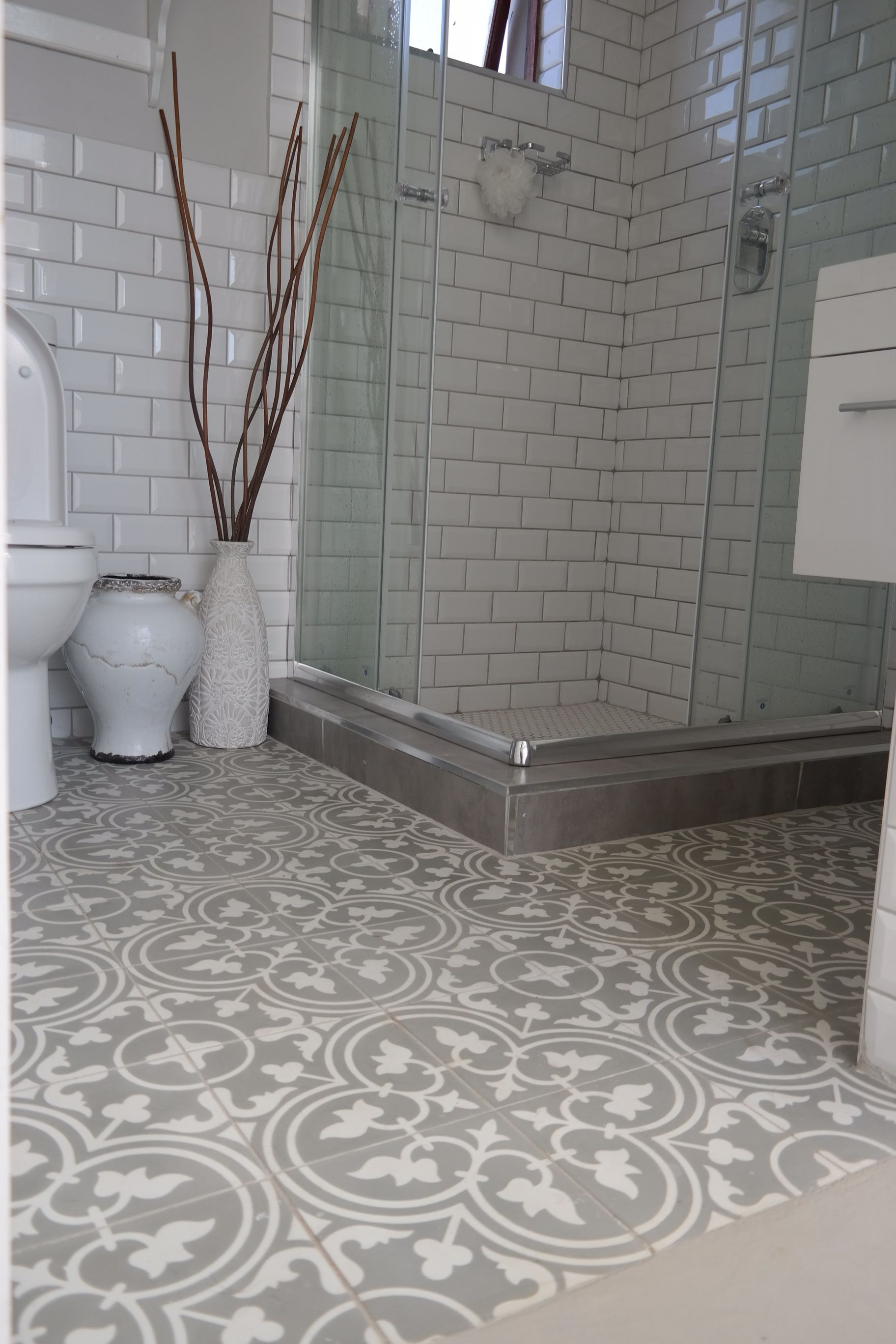 Baldosas Para Baños Modernos Beautiful Bathroom Using Hadeda Encaustic Cement Tiles Www