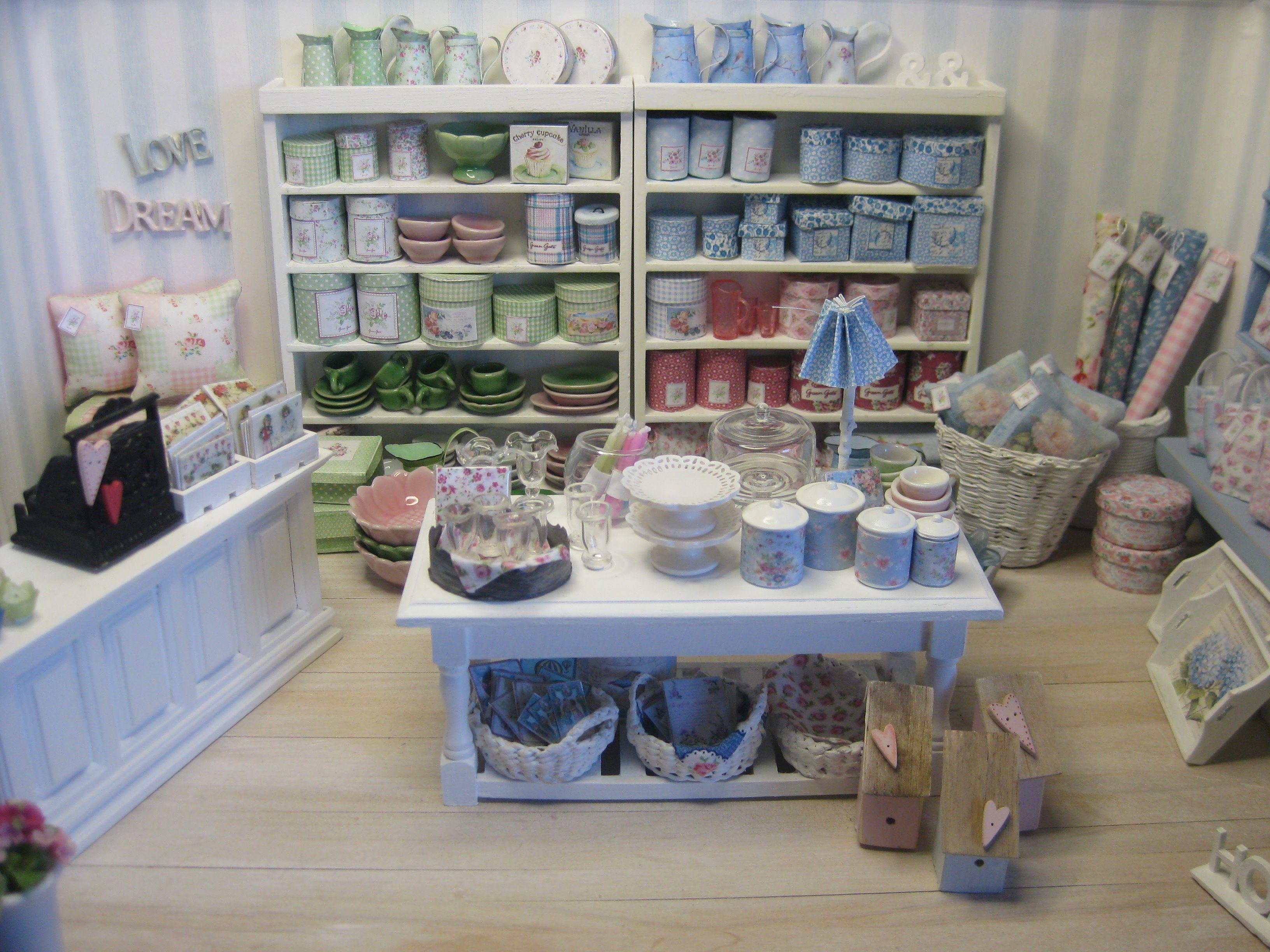 The Green Gate shop! Maison de poupée, Maison, Miniature