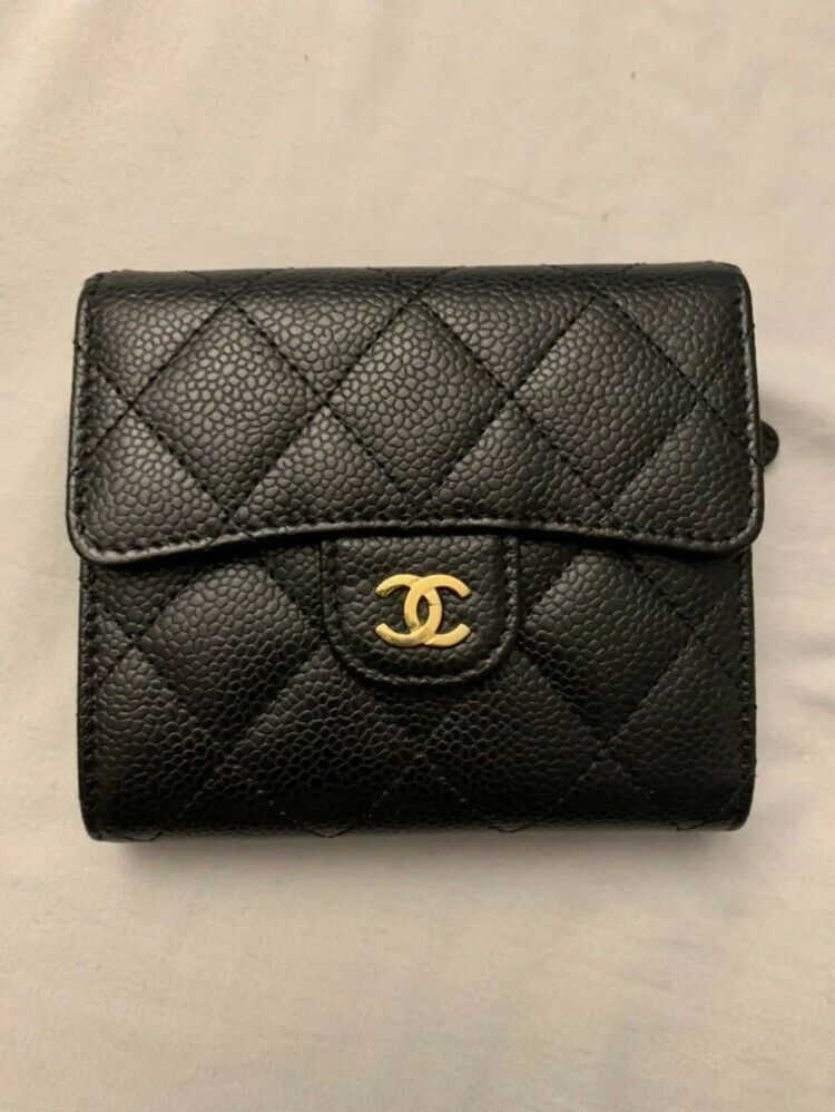 PreOwned Authentic Chanel Wallet Caviar Leather Black