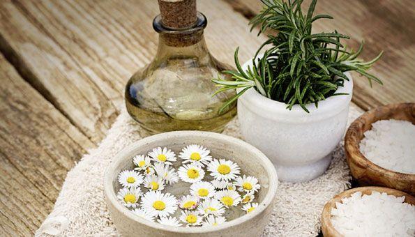 Shampoo selber machen: 6 einfache Rezepte