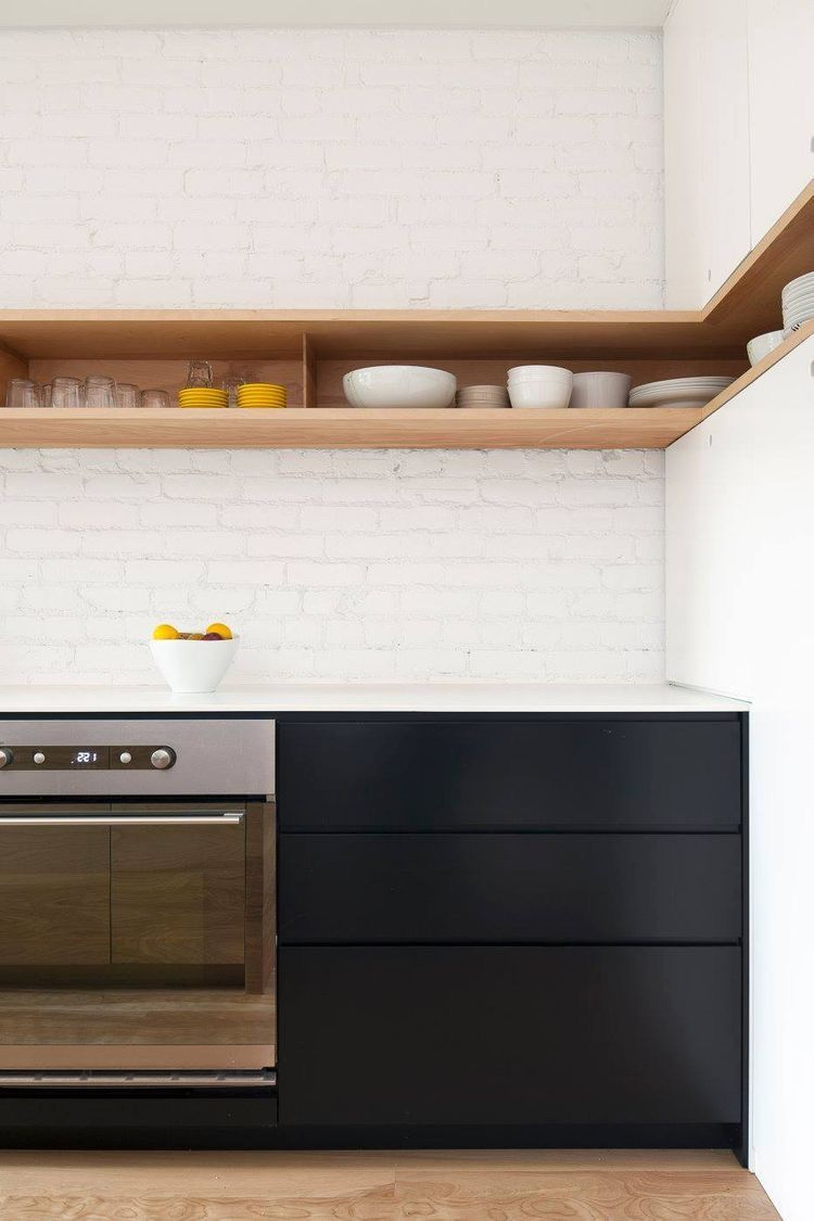 Open kitchen shelving, with the ability to create some still life ...