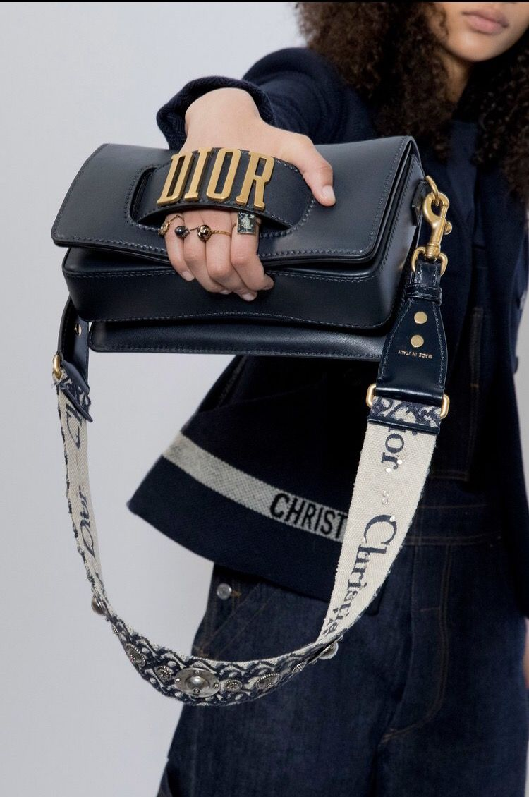 Pin by kylizzlemynizzle on handbags in 2019  5a325c3d7a23b