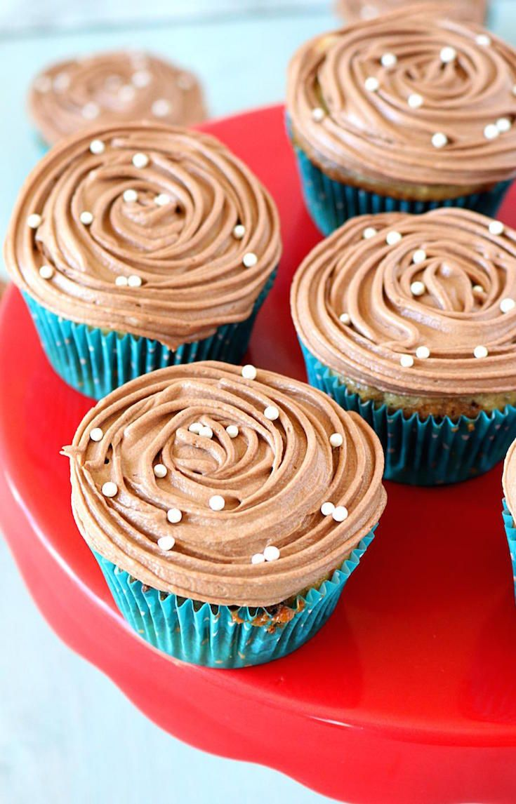 Eggless Marble Cupcakes