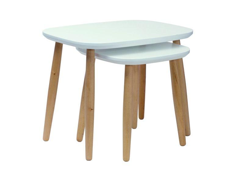 Ambiance Tie And Dye Et Rustique Vintage Chez Monoprix Mobilier De Salon Table Basse Petite Table Basse