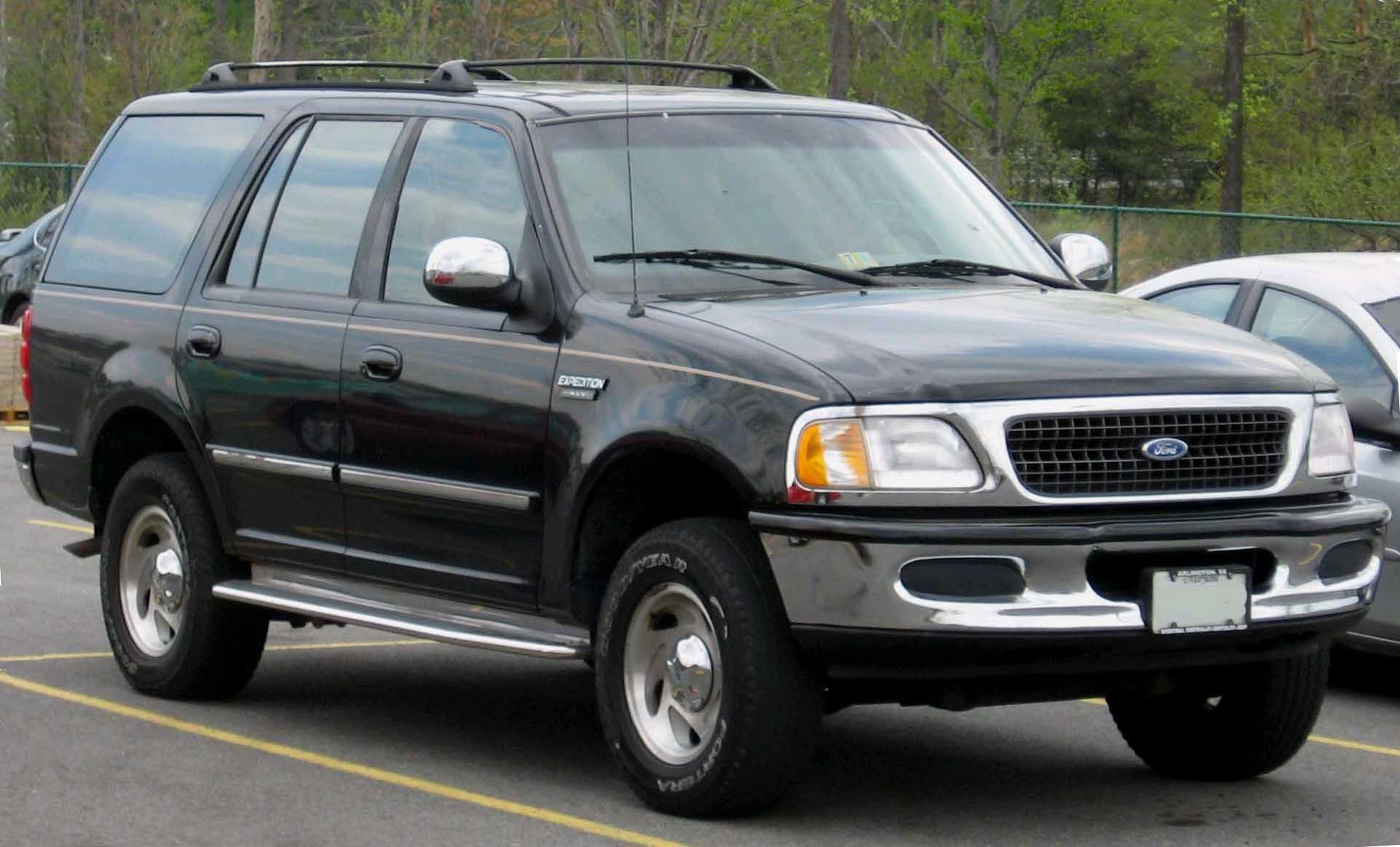 Ford expedition 1997 one just like this replaced my explorer liked it