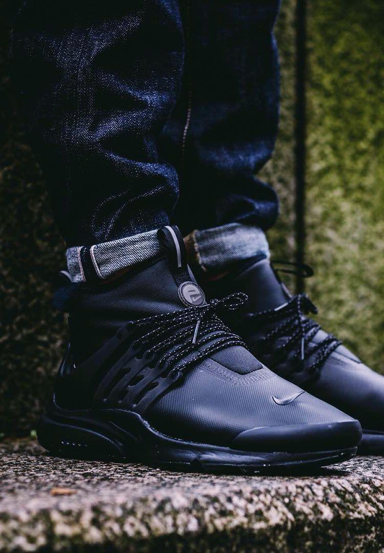 Nike Air Presto Mid Utility Triple Black Streetwear Outfit Skate Wear Sneakers Fashion