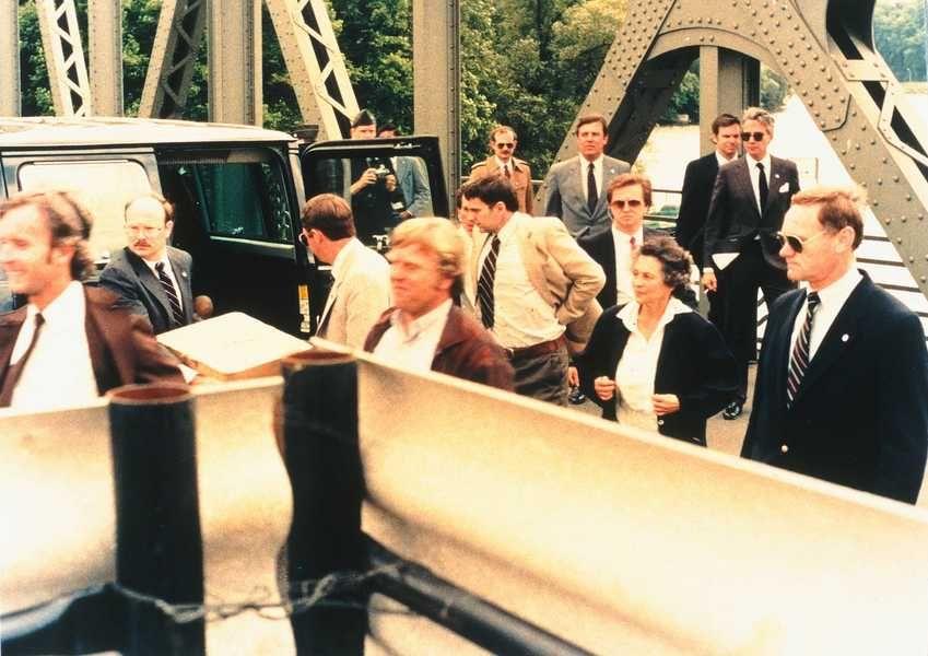 """""""High Noon auf der Glienicker Brücke"""":  Am 11. Juni 1985 gegen Mittag..."""