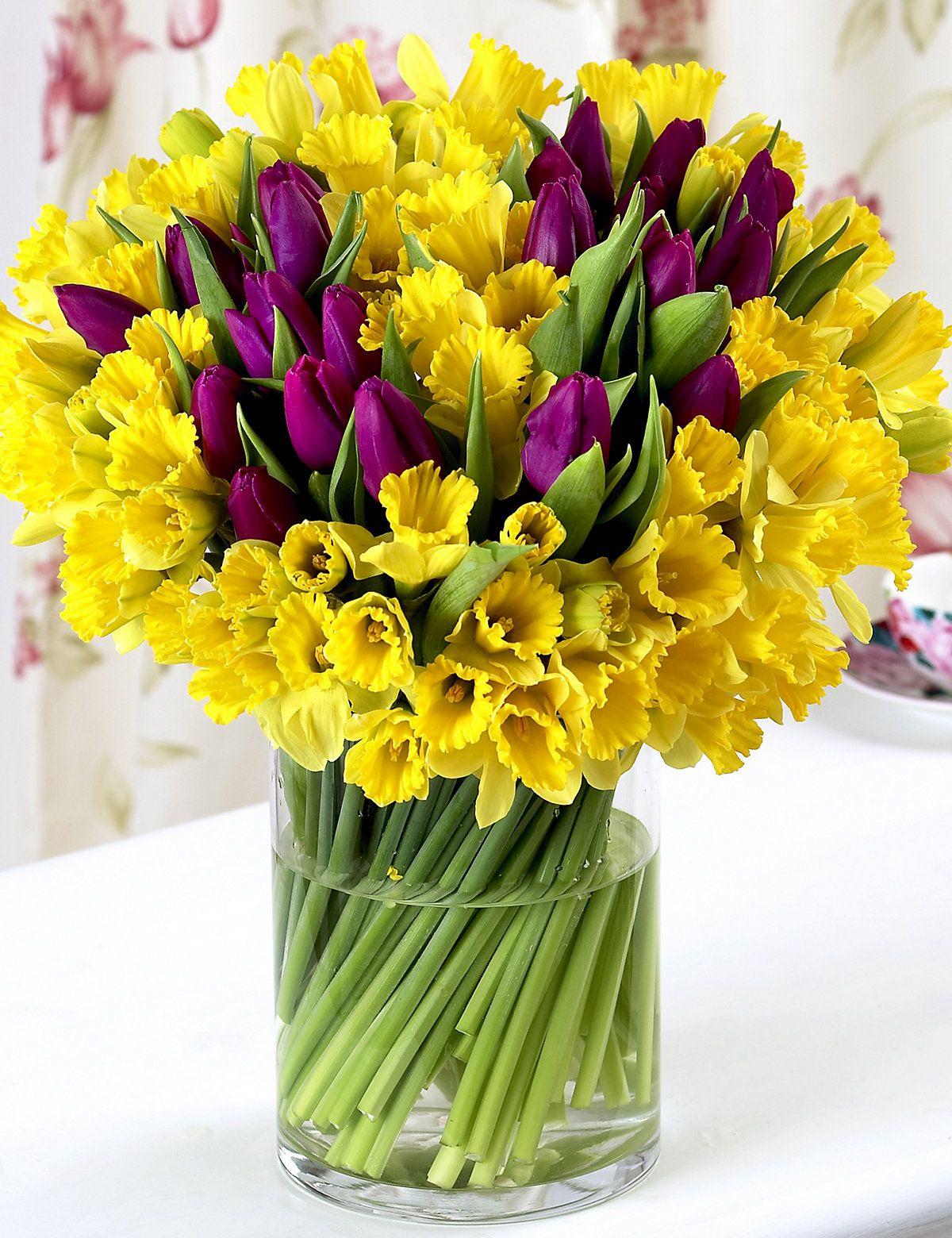 Pin by C. B. on Flowers Fresh flowers arrangements