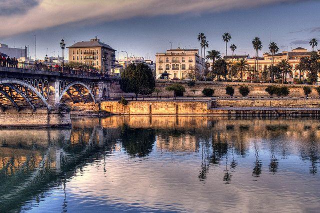 La Puente de Triana... Miss this daily walk.