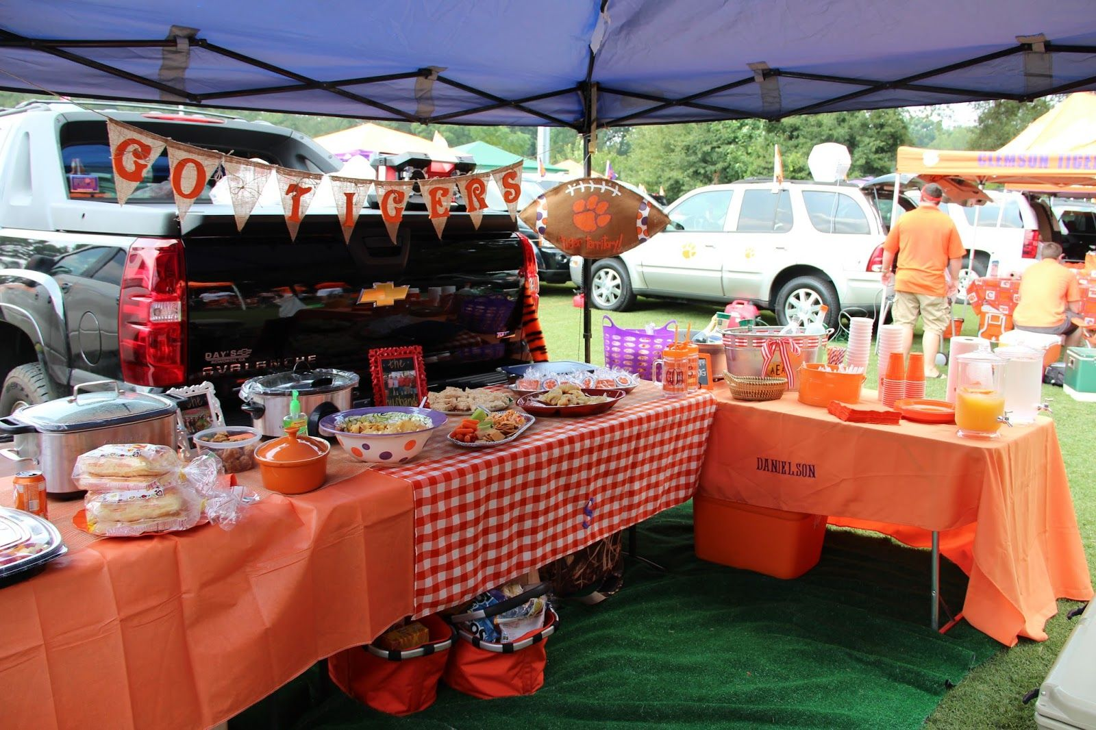 game day and tailgate reveal Clemson vs UGA Tailgating