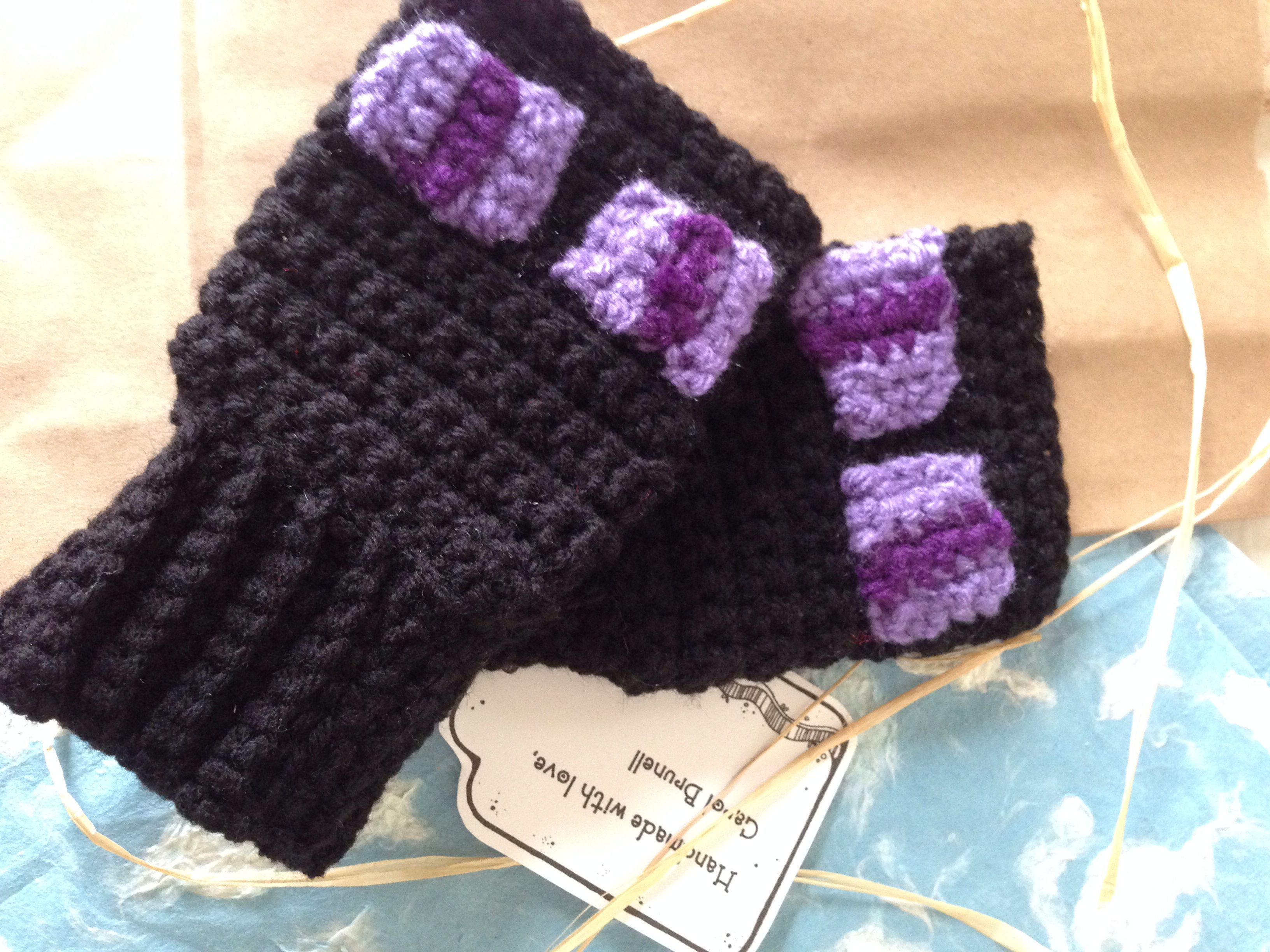 Mindcraft Fingerless Mittens yep every won wants to wear there worst ...