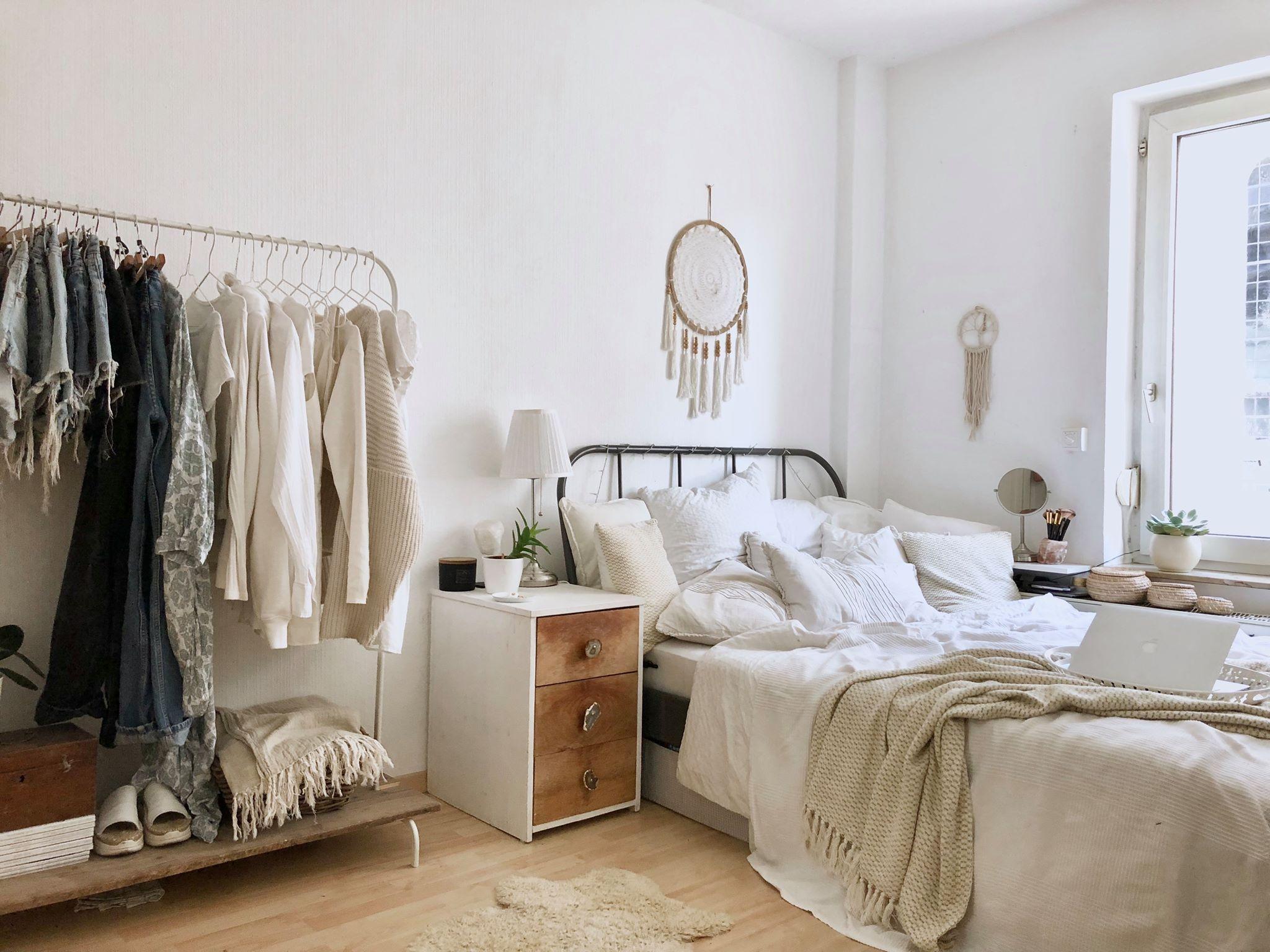 Dieses wunderschöne, schlichte Zimmer steht in Würzburg
