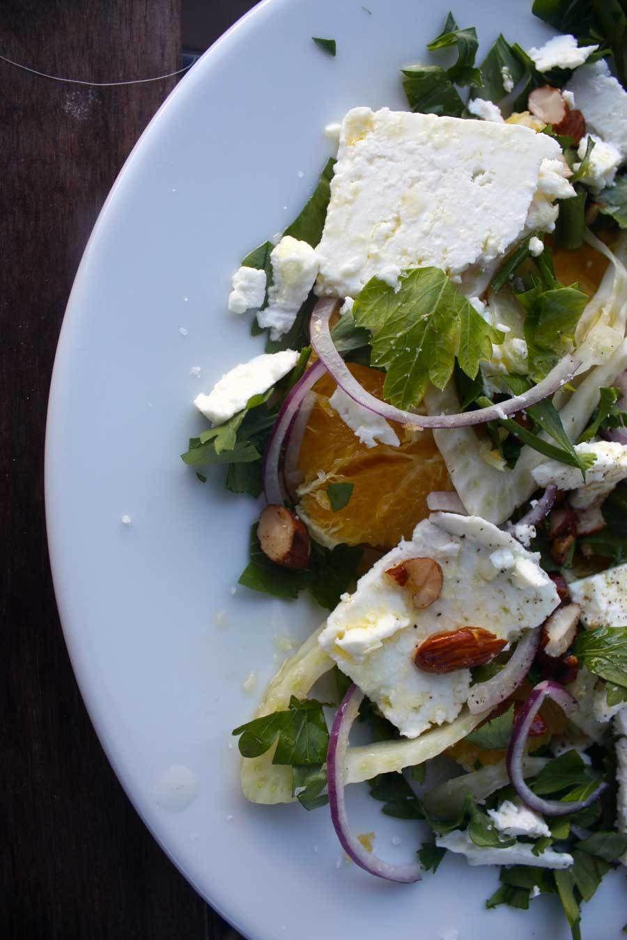 Græskinspireret appelsinsalat
