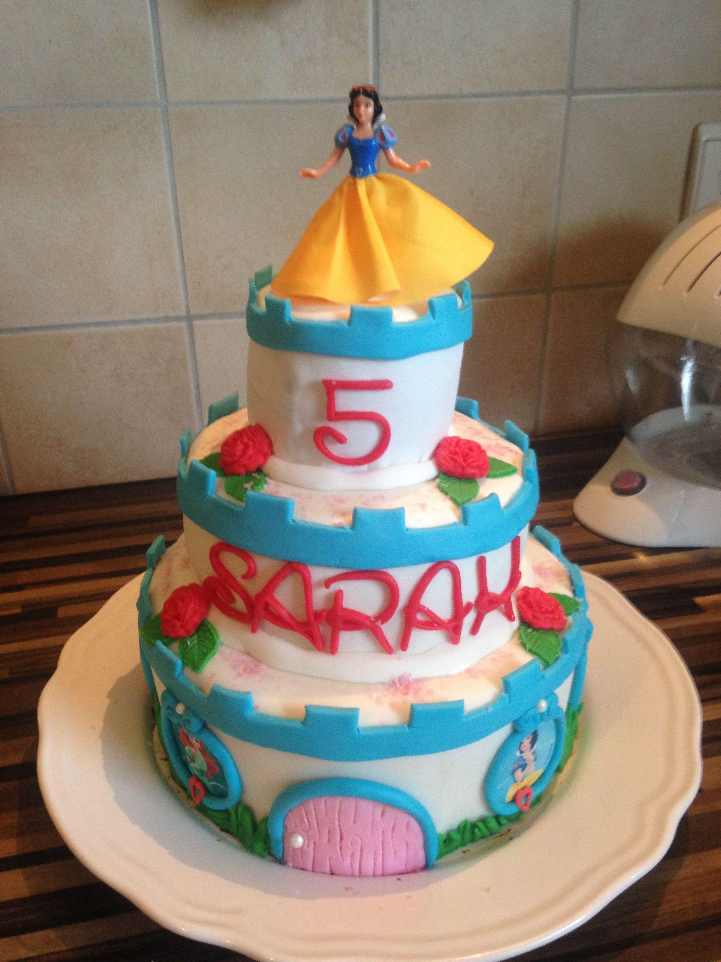 Schneewitchen- Schloss - Kuchen #disney #princess #kuchen #cake ...