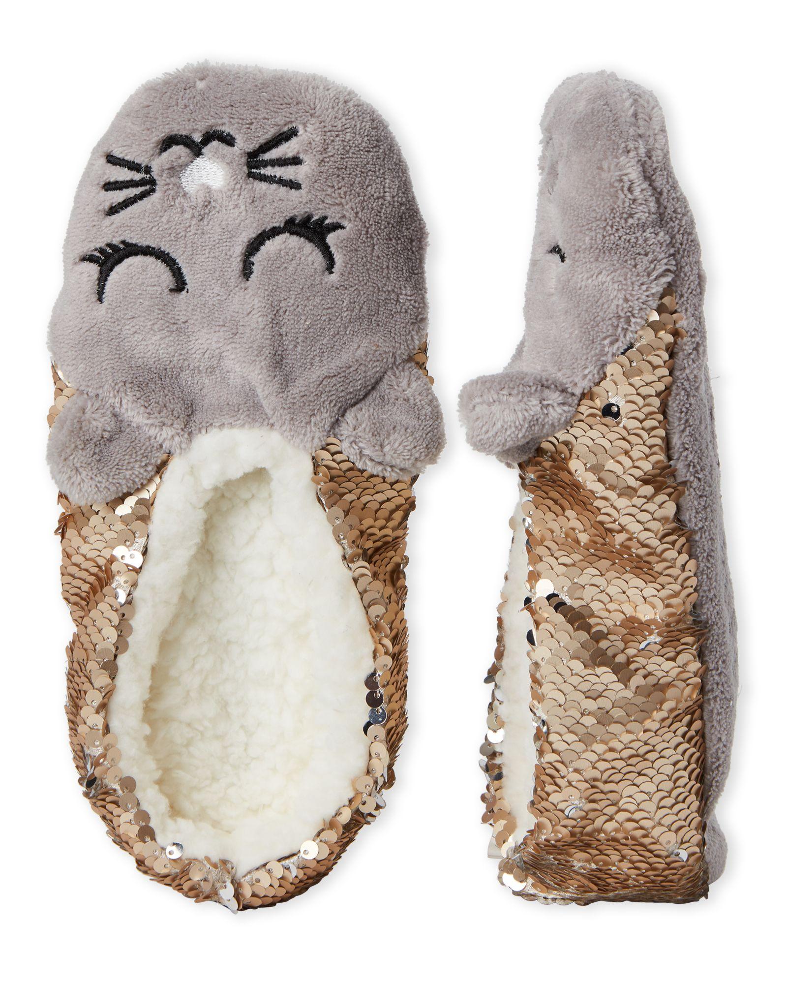 5d90e98f3390 Capelli New York Sleepy Cat Reversible Sequin Slipper Socks