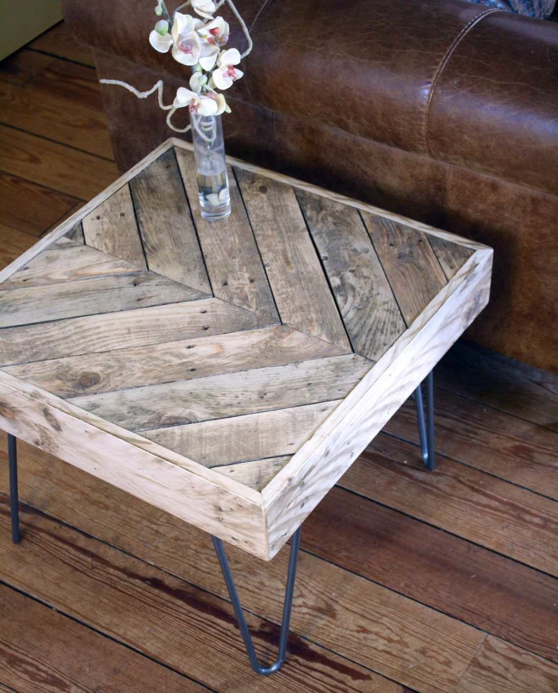 Douglas round dining table rustic finish achica - Revive Joinery Reclaimed Wood Pallet Side Coffee Table With Hairpin Legs