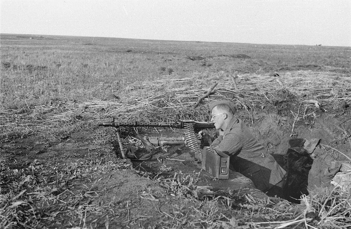 Фото пулеметчики ссср в траншее