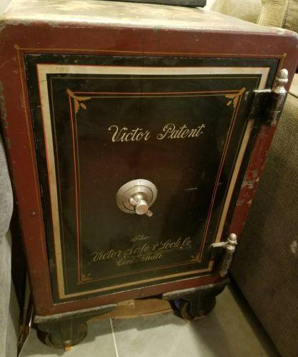 1891 Antique Victorian Floor Safe Victor Safe Lock Co Cincinnati