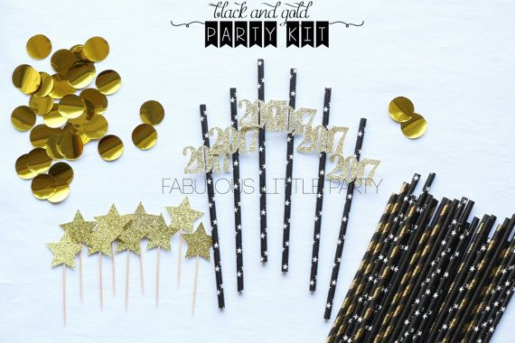 New Years Eve Decoration Kit 2017 Cupcake Toppers/Straws/Confetti New Years Eve Party Decor Dessert Table Glam New Year Black Gold Party