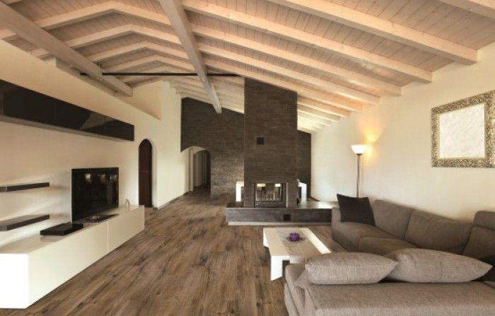 Naturale wood verkrijgbaar bij tegelnatuursteen.