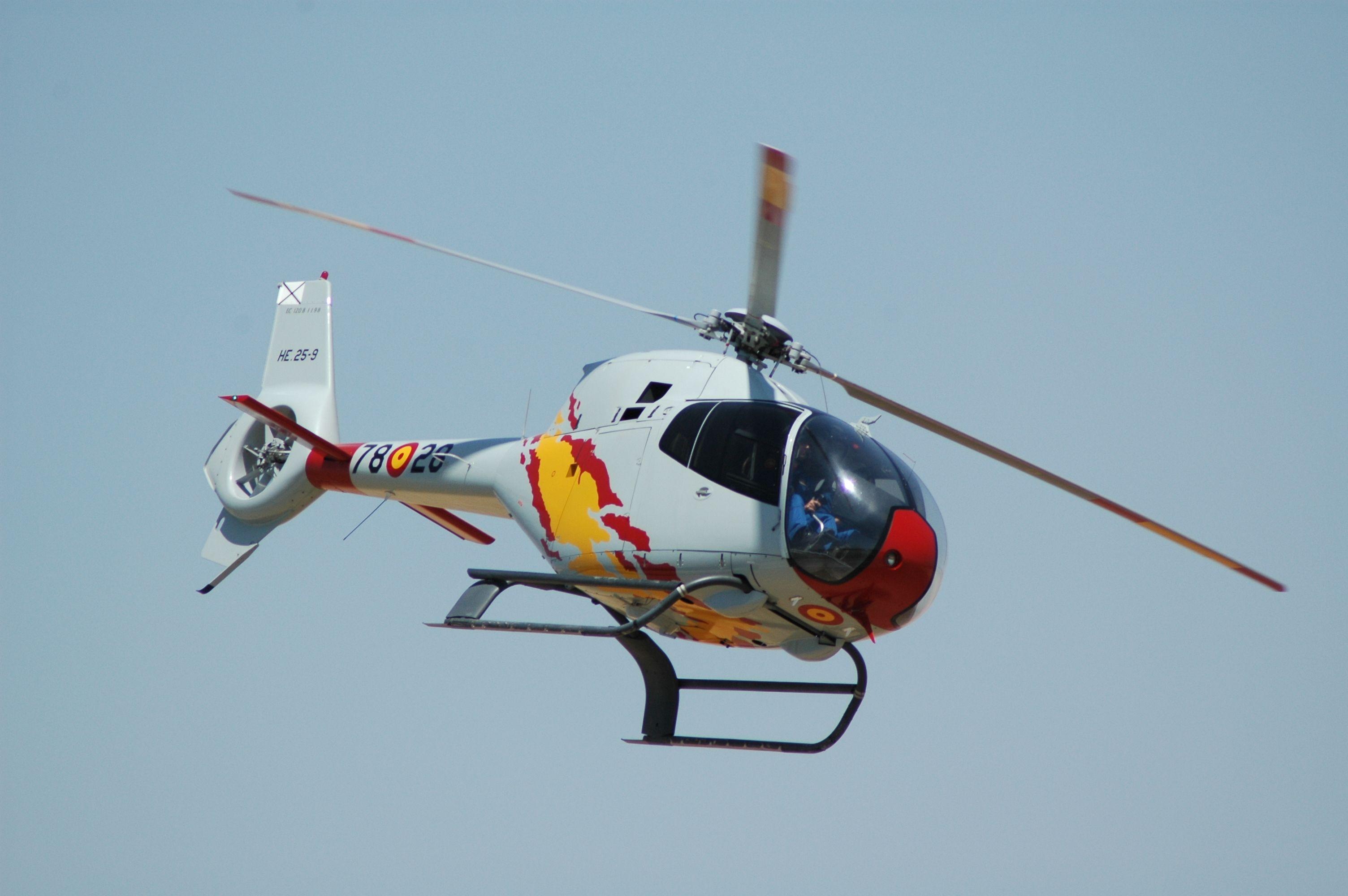 Eurocopter EC 120 Colibrí HE.25 Ejercito del Aire de España ...