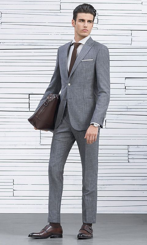 Tailored clothing for men from HUGO BOSS is characterized by its premium  quality and its timeless and elegant style.