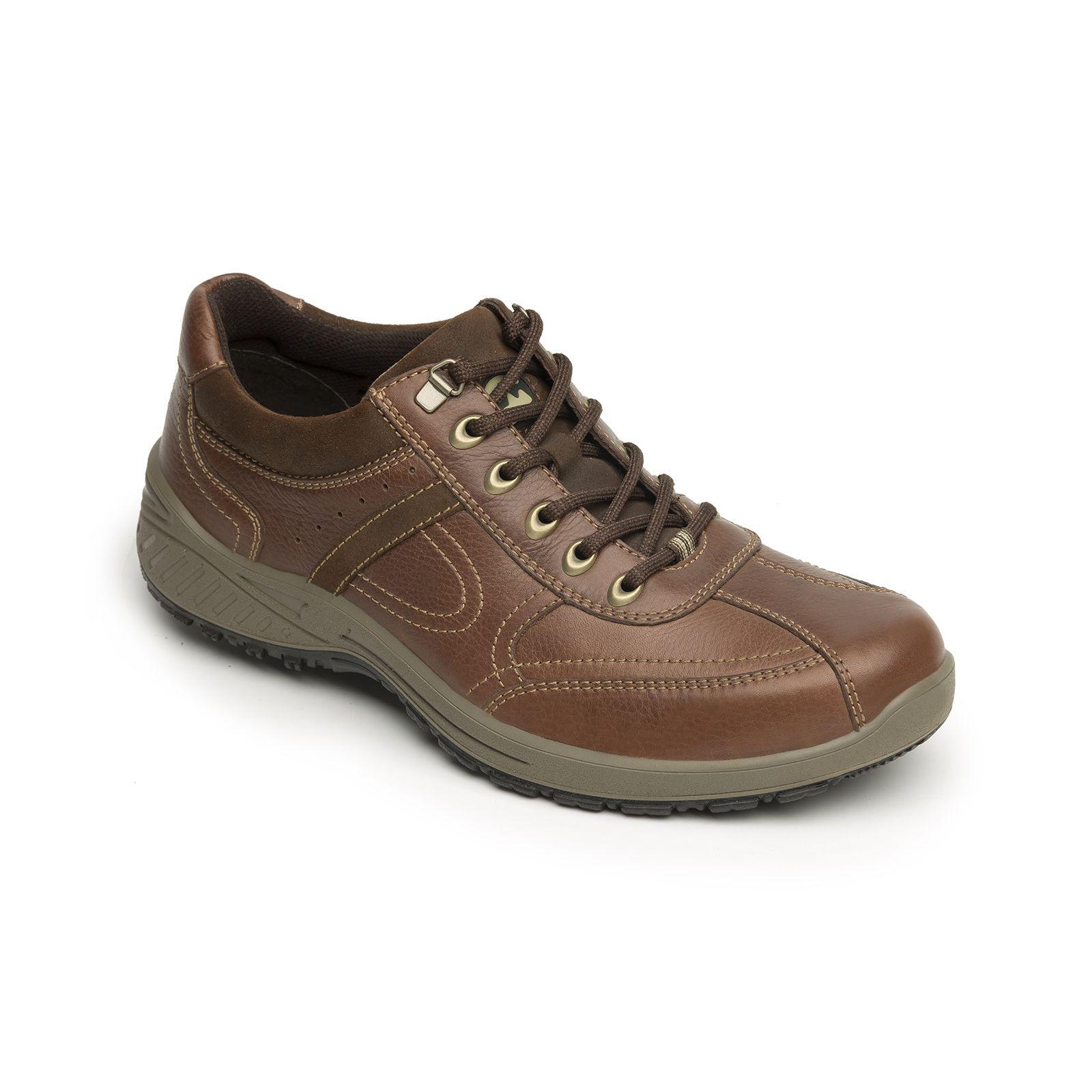 Línea Flexi Country compuesta por dos estilos, zapato y bota. Confeccionada  en pieles con