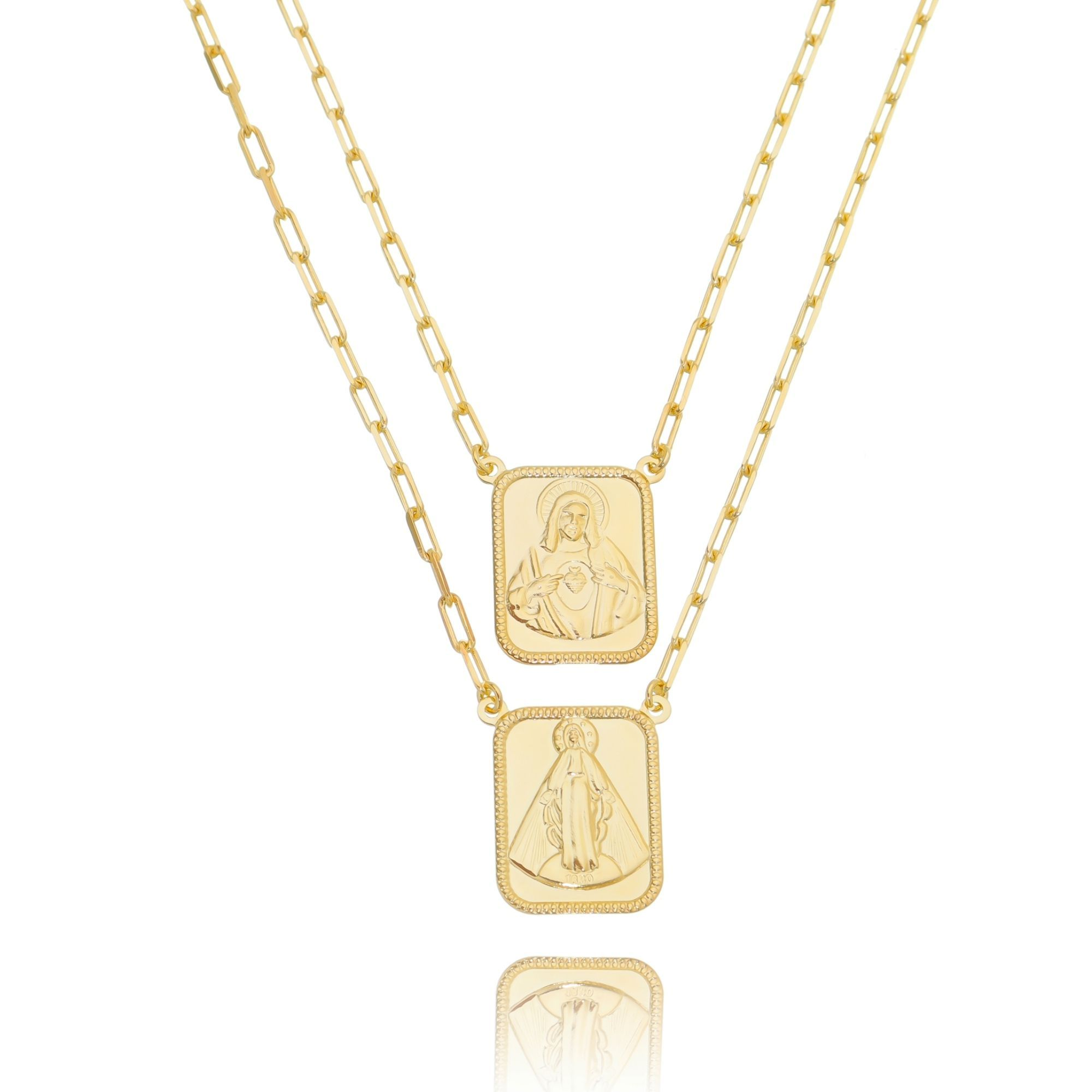 Maxi Escapulário Dourado Karola Corrente Cartier Elos Semijoia Ouro. Compre  agora em até 5x sem 71db9429c3