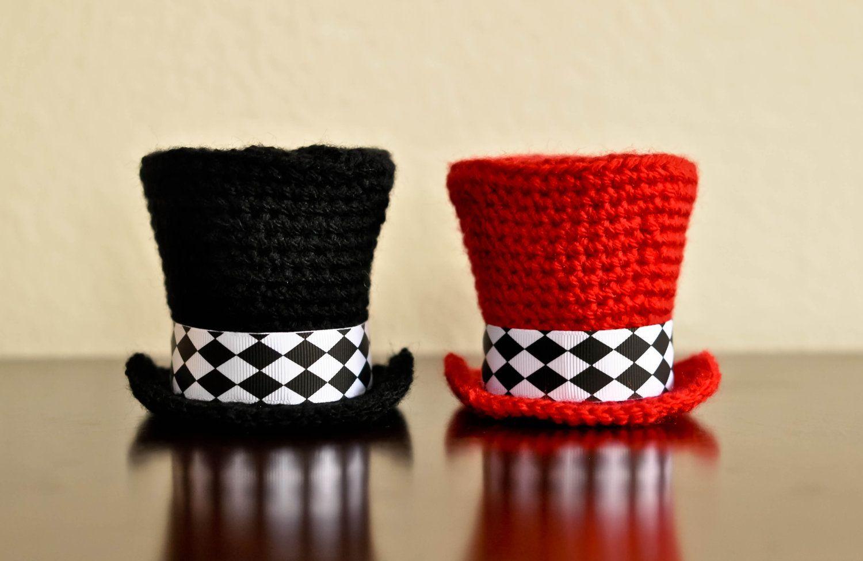 Mini Top Hat - PDF CROCHET PATTERN. $3.99, via Etsy. | Crochet ...