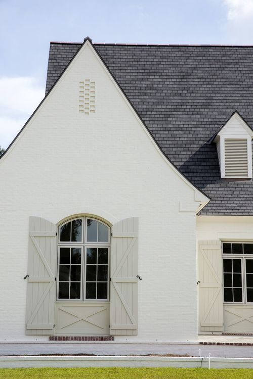 Maybe add flairs to gables | Exterior love | Pinterest | Brick ...