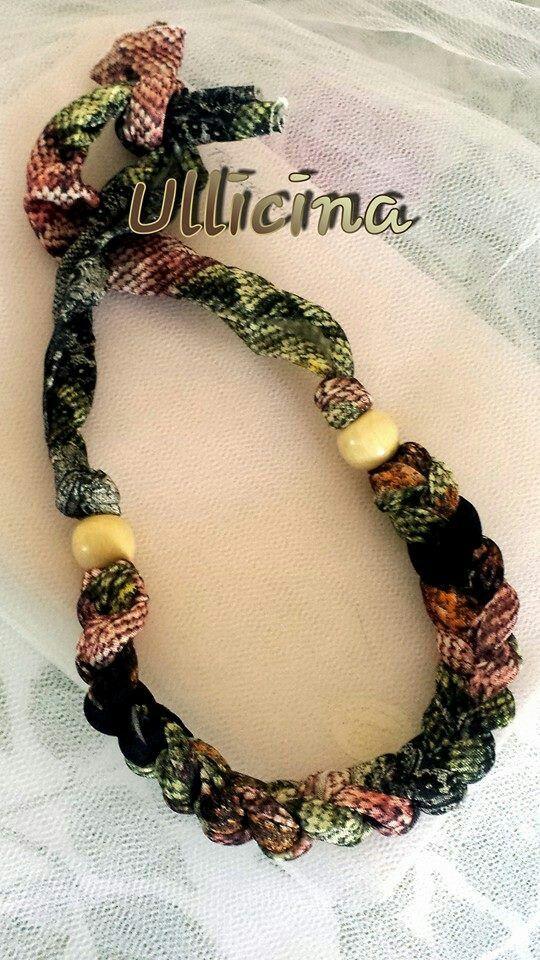 Crochet necklace. Collana in fettuccia ad uncinetto.