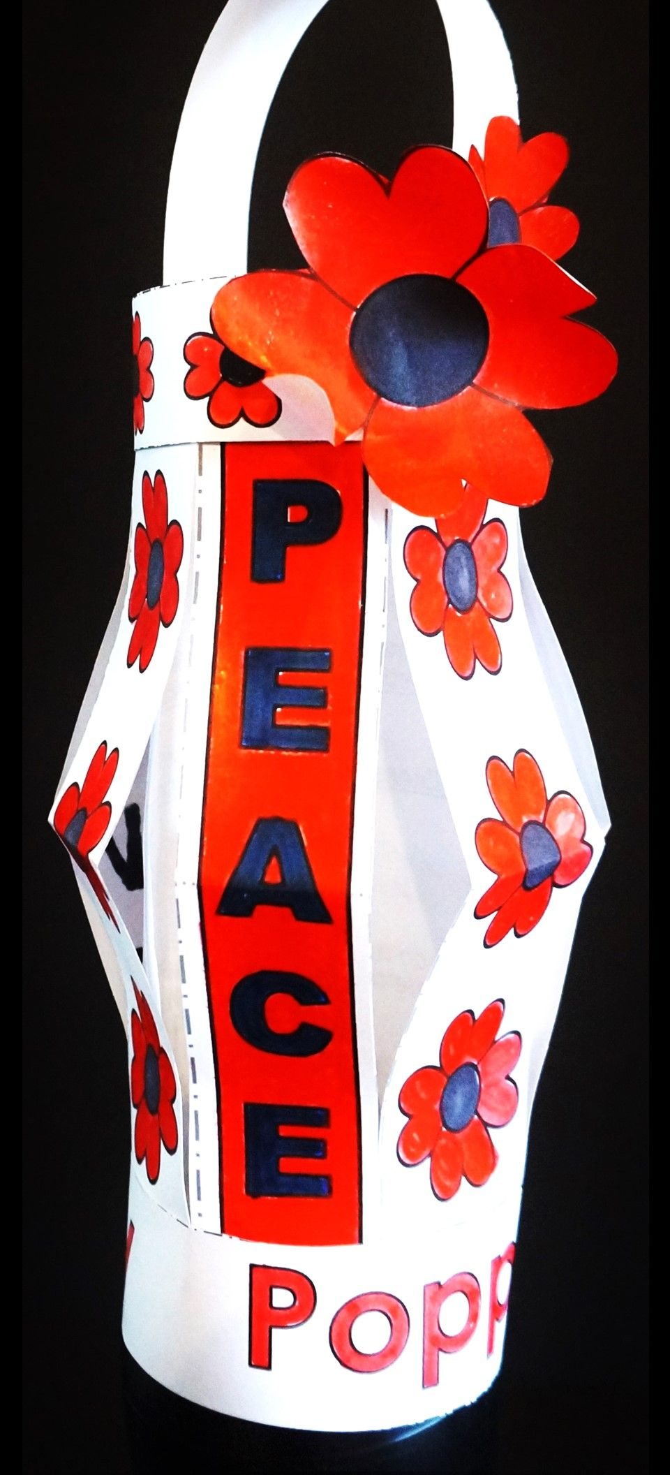 Lest We Forget. ::::: A wonderful Poppy Project to honor Remembrance Day, Veteran's Day, Memorial Day and Anzac Day. There are 12 lantern designs and 14 trim sets with various messages of Remembrance