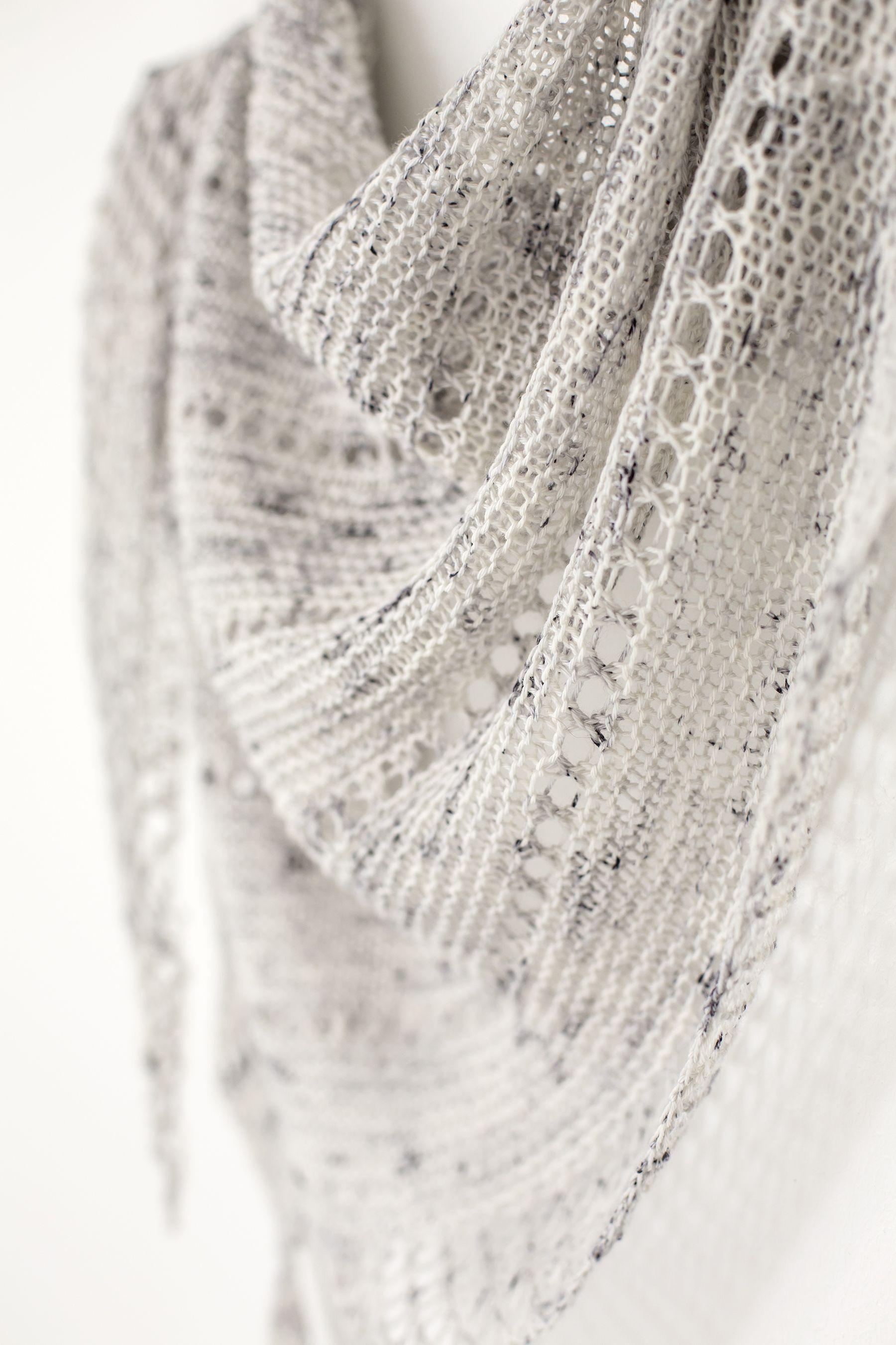 Asterism pattern by Janina Kallio | knitting | Pinterest | Chal ...