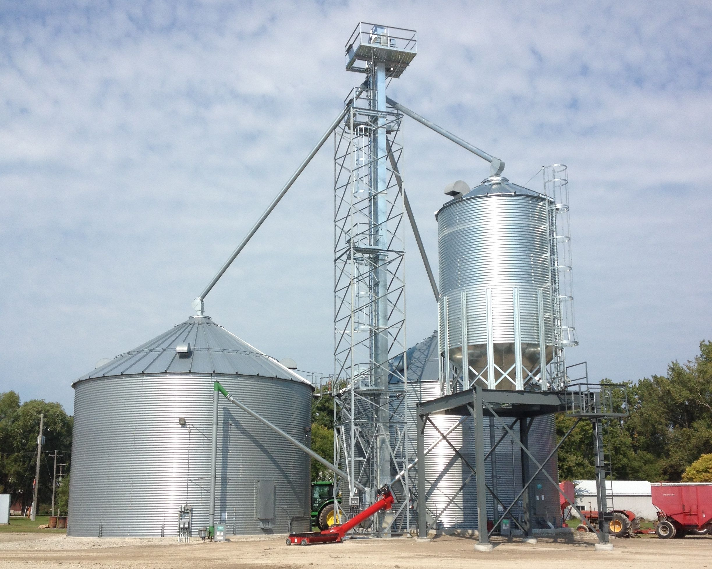 (2) 36 X 6 Ring Sukup Grain Bins (1) 15