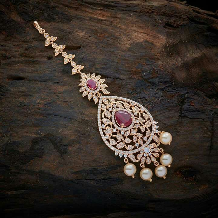 Maang tikka | Women\'s fashion | Pinterest | India jewelry, Jewel ...