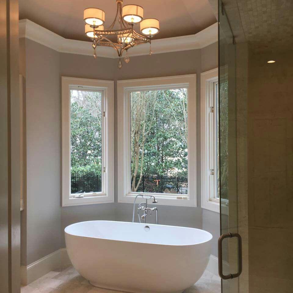 Pin by Emily Browning on Master bath ideas | Master bath ...