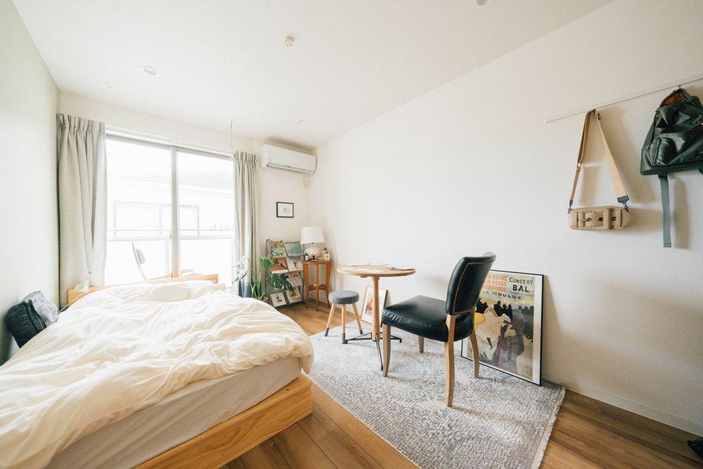生活感 は隠さない 食卓を中心にした小さな40 の家族の暮らし Goodroom Journal 2021 インテリア インテリア 収納 古い家具