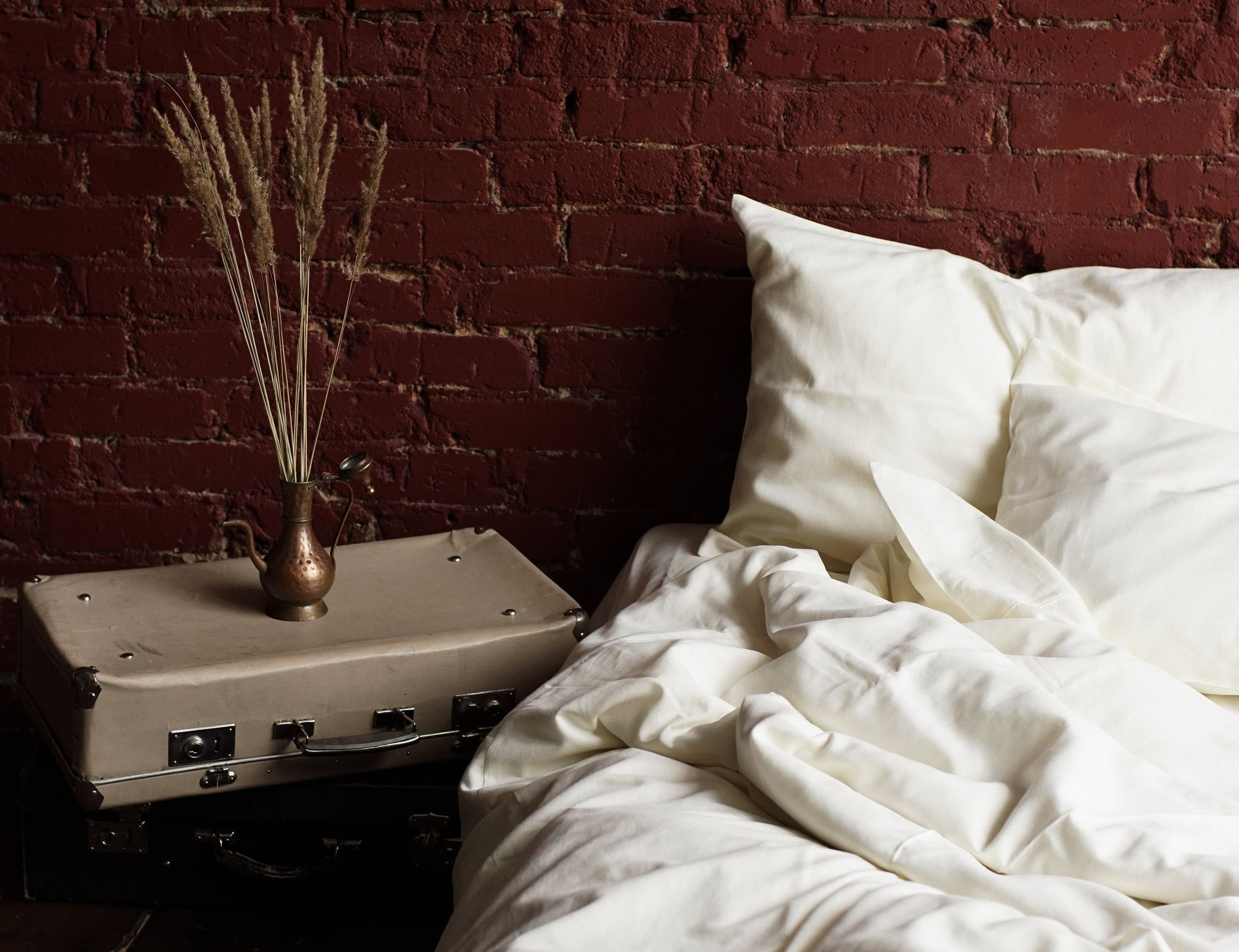 Oyster White Linen and Bamboo Bedding Set Green