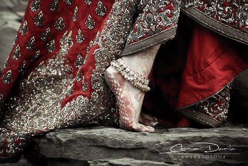 Bridal Elegance With Superb Patterns and Colour