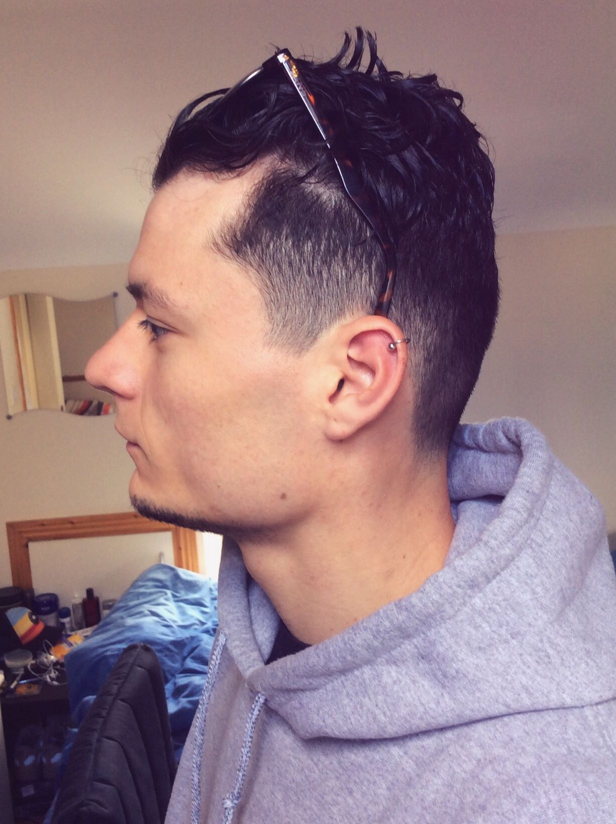Helix Piercing Haircut Undercut Gles Men Fade Curly Cartilage Hairstyle Curlyhair