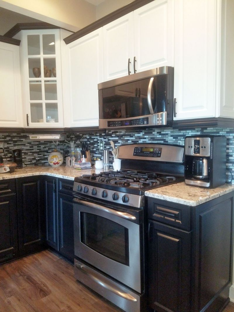 Kitchen Design Center Tuxedo Kitchen Cabinet Makoever Kitchens Kitchen Cabinets