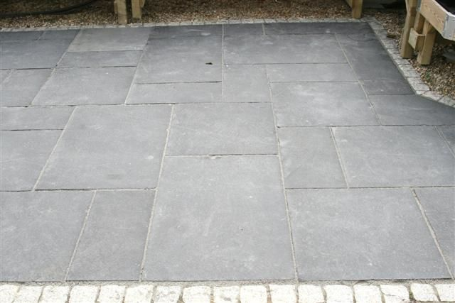 kadappa black limestone paving paving patio garden. Black Bedroom Furniture Sets. Home Design Ideas
