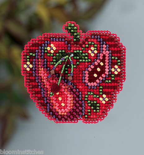 Mill Hill Autumn Harvest Collection 2013 Jeweled Apple Glass Bead Magnet Kit