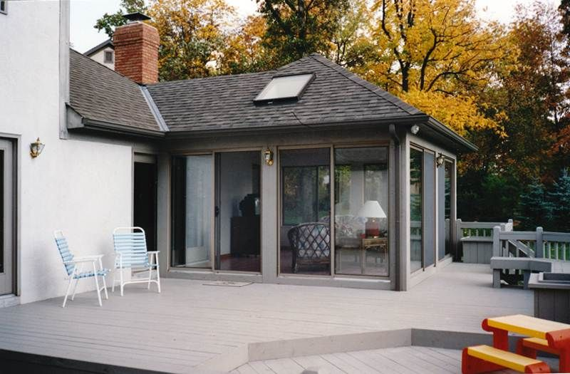 Flat roof sunroom design plans available features and for Hip roof porch addition