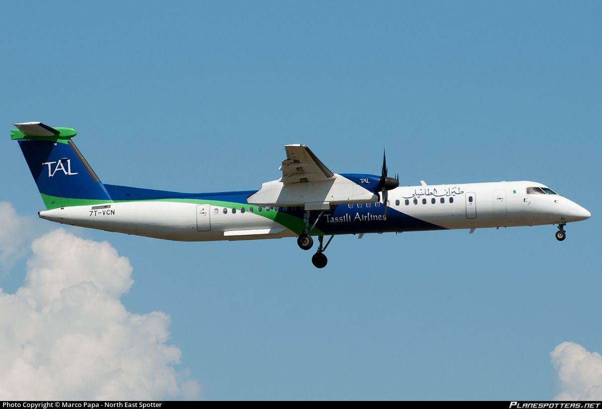 Tassili Airlines Bombardier DHC-8-402 Q400 7T-VCN on final approach to Rome Fiumicino, August 2014. (Photo: Marco Papa)