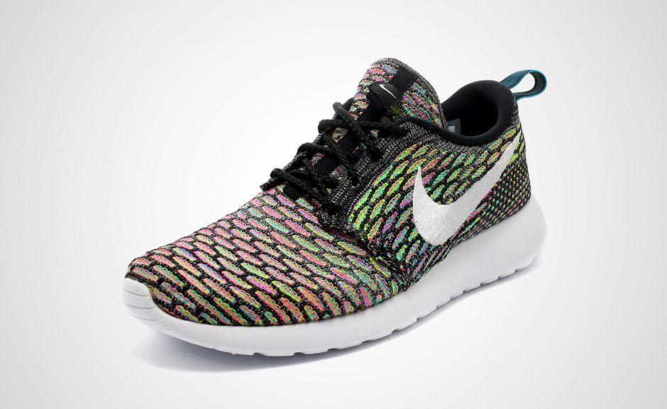 Nike Womens Roshe Run Flyknit \