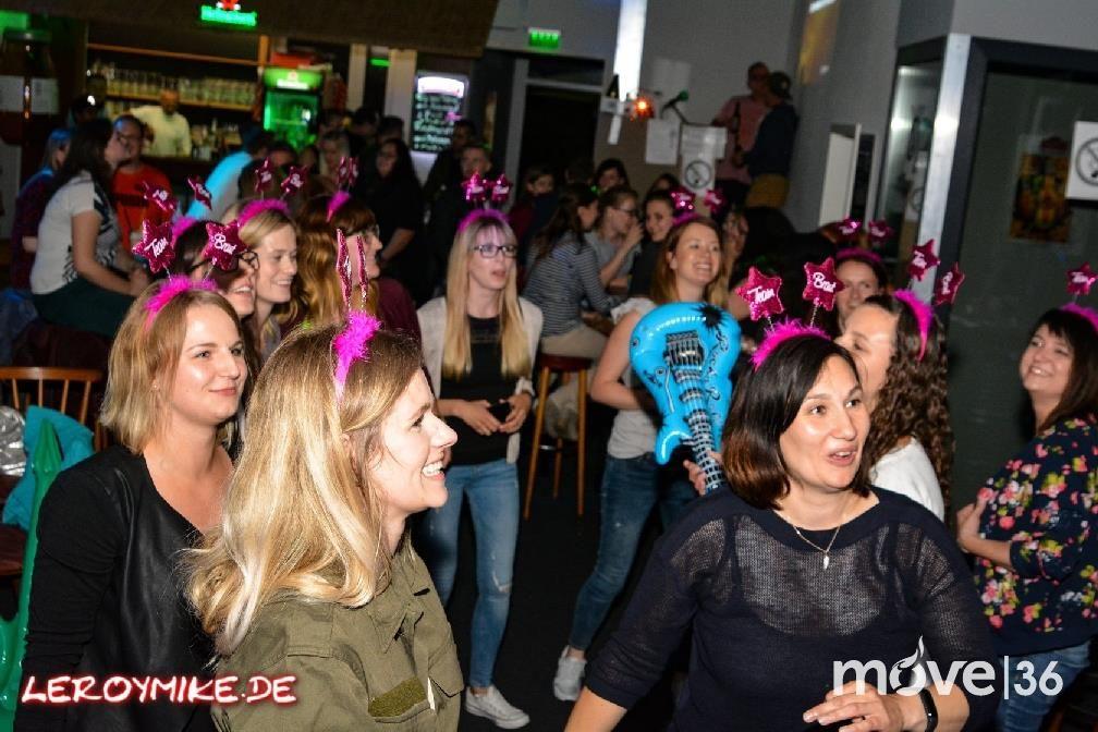 Osthessen Zweite Karaoke Party Im Bulls And Balls Fulda 01 07 2017 Mike Kedmenec Fotograf Aus Fulda Karaoke Party Karaoke Fulda