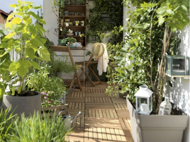 Idee deco terrasse multiplier les plantes outdoor pinterest terraced ba - Decoration petite terrasse ...
